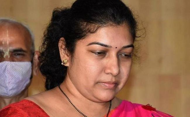 Mysore Corporation Commissioner Shilpa Nag Resigns To Her Post - Sakshi
