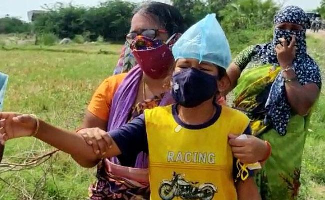 Nalgonda: Private School Principal Deceased Coronavirus Nakrekal - Sakshi