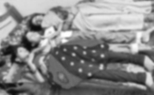 4 Members Of a Family Deceased In Keesara - Sakshi