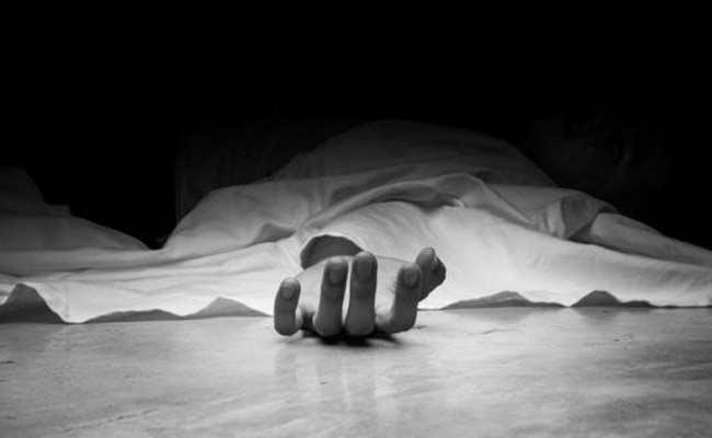 Husband Commits Suicide After Assassination Wife In Chittoor District - Sakshi