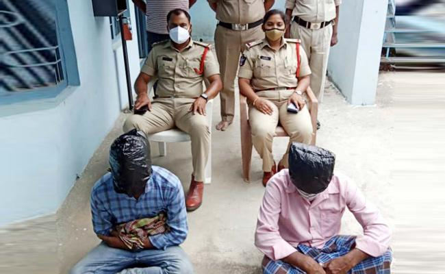 Police Solve Girl Kidnapping Case In Chittoor District - Sakshi