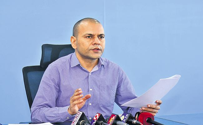 AP Govt is responsible for the medical expenses of Medical Staff - Sakshi