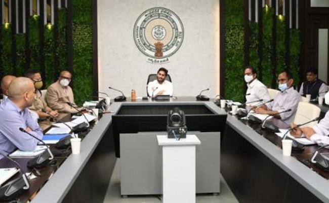 YS Jagan Mohan Reddy Review Meeting On Corona Virus - Sakshi