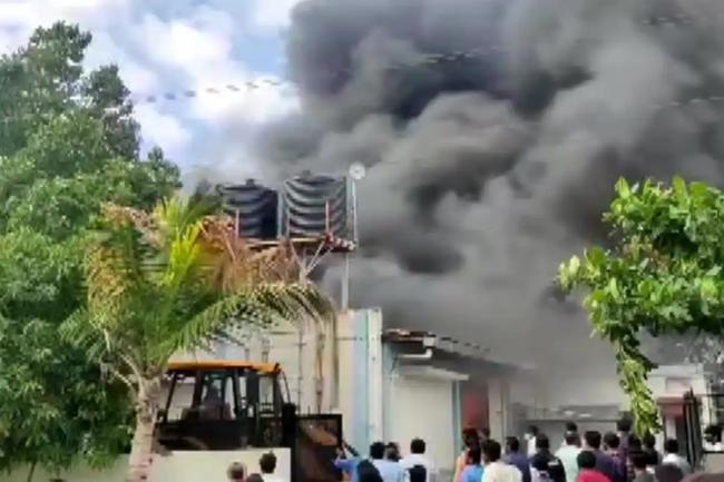 Fire Accident Take Place AT Pune Ghotawade Phata Chemical Factory - Sakshi