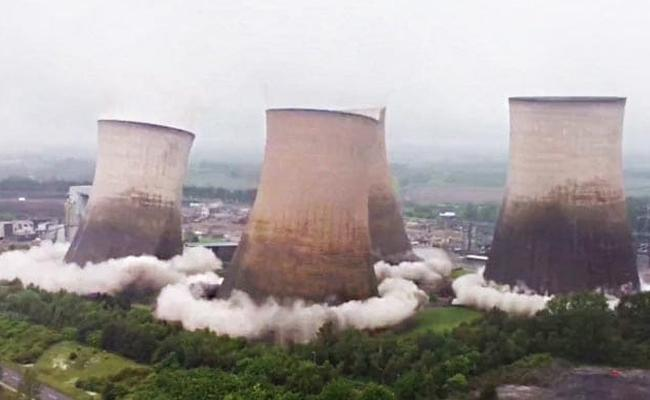 Four Iconic Rugeley Power Station Cooling Towers Demolished In Seconds - Sakshi