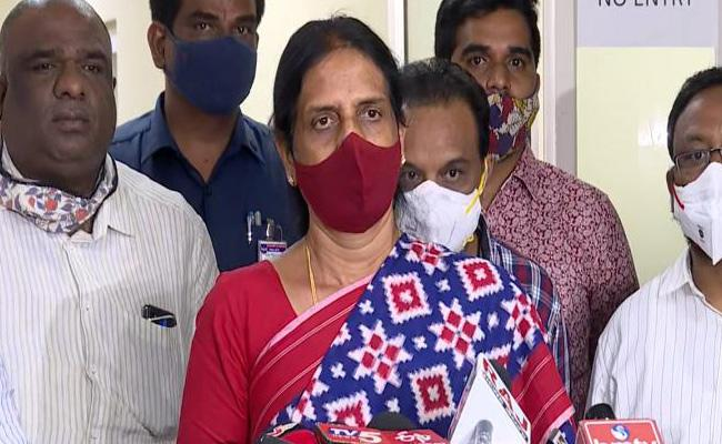 Inter Second Year Examination Cancelled In Telangana - Sakshi