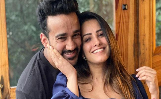 Anita Hassanandani Said She Want Spend Every Irritating Moment With Her Husband - Sakshi