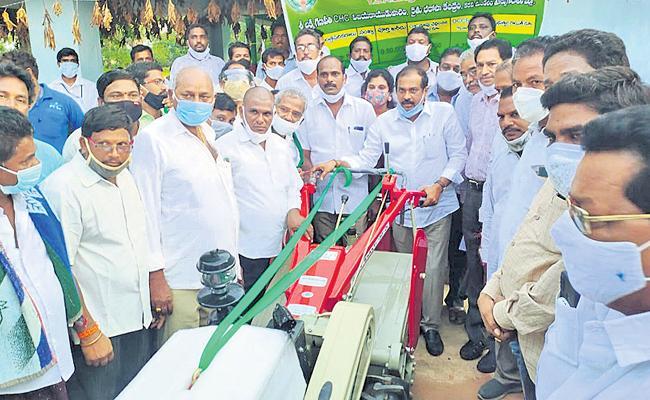 Kurasala Kannababu Starts YSR Rythu Bharosa Yatra In East Godavari District - Sakshi