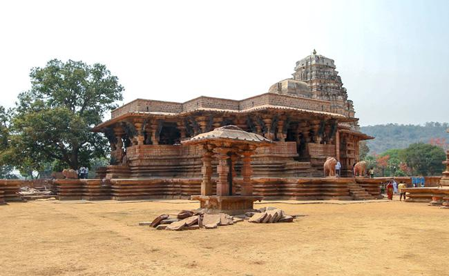UNESCO Will Holding Meeting On July 16 Over World Heritage Site Recognition. Ramappa Temple On List - Sakshi