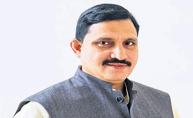 CBI reported to the High Court On Sujana Chowdary - Sakshi