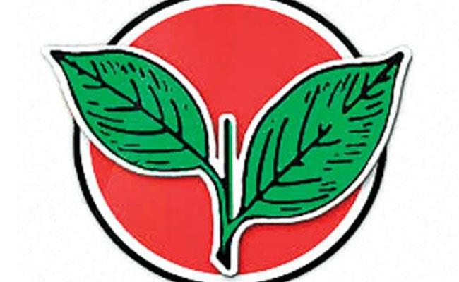 AIADMK Suspended Party Senior Leader Narasimhan Tiruttani - Sakshi