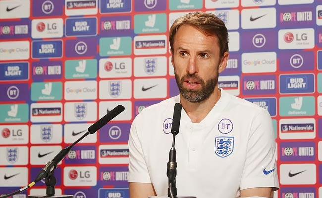 Euro 2020 England Captain Harry Cane Fires On Fans Racial Abuse Players - Sakshi