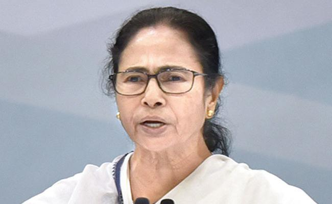 Mamata Banerjee To Visit Delhi And likely To Meet Sonia Gandhi Other Leaders - Sakshi