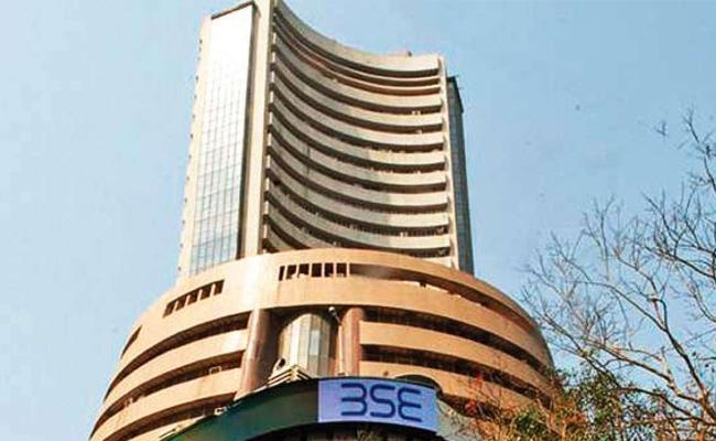 Market Live Updates Sensex, Nifty Trade Flat - Sakshi