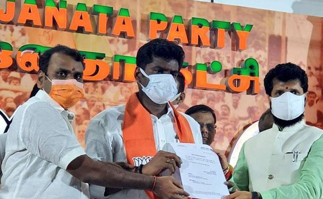 Tamil Nadu: Annamalai Takes Charge As BJP State President - Sakshi