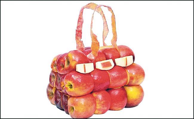 France: Paris Designer Make Vegetable Bags Goes Viral In Social Media - Sakshi