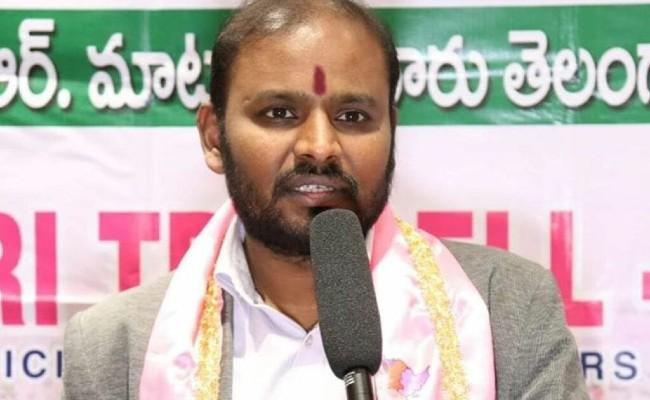 NRIs Happy Over Telangana Dalit Bandhu Scheme - Sakshi