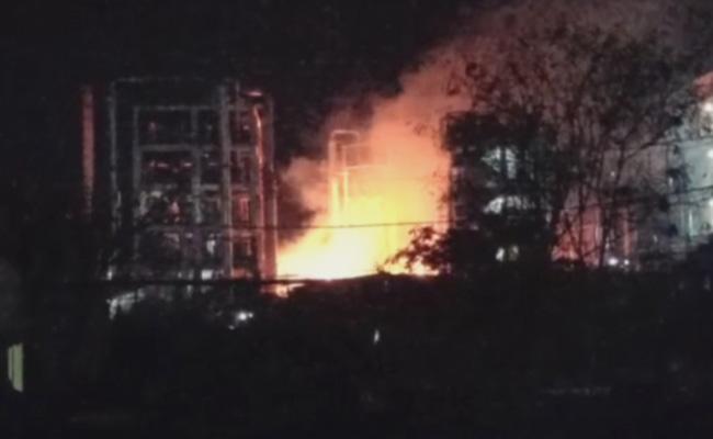 Massive Fire Accident Took Place In Jinnaram mandal Gaddapotharam Industrial Village - Sakshi