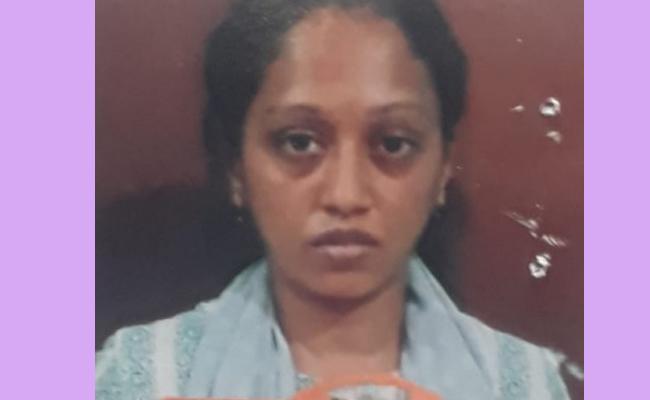 Woman Gives Supari To Lover To Assassinate Her Husband In Karnataka - Sakshi