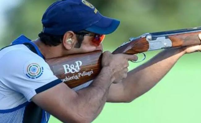 Indian Skeet Shooters From Italy To Croatia for COVID Vaccine - Sakshi