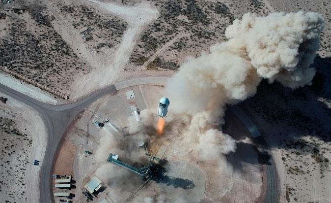 Jeff Bezos Blue Origin Launch to Space Today - Sakshi