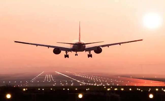 Covid-19: Canada bans all flights from India till Aug 21 - Sakshi