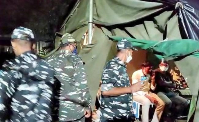 CRPF Constable Shot Himself And Died By Suicide At Miyapur - Sakshi