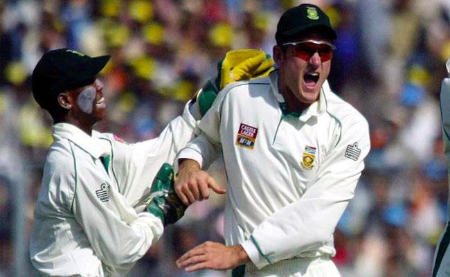 Thami Tsolekile Makes Racism Allegations On South Africa Legendary Cricketers ABD And Greame Smith - Sakshi