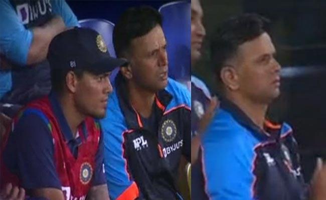 IND Vs SRI : Rahul Dravid Reaction Became Viral After India Stunning Win - Sakshi