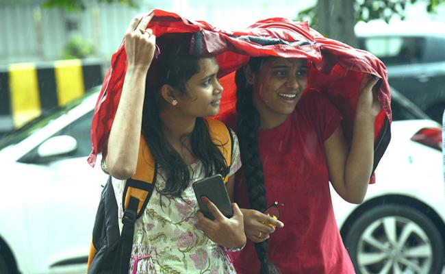 Heavy Rainfall Alert Reported Across Telangana - Sakshi