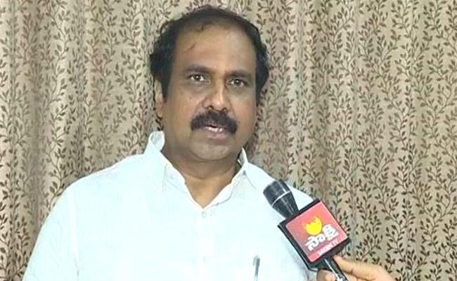 Minister Kannababu Said To Be Vigilant In Wake Of Heavy Rains - Sakshi