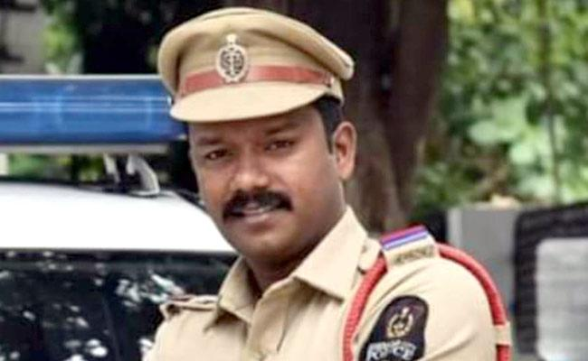 Hyderabad: Si Cheated And Continued Extra Marital Affair With Lady - Sakshi