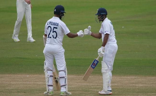 India Vs County Select XI Day 3: Team India Started Second Innings - Sakshi