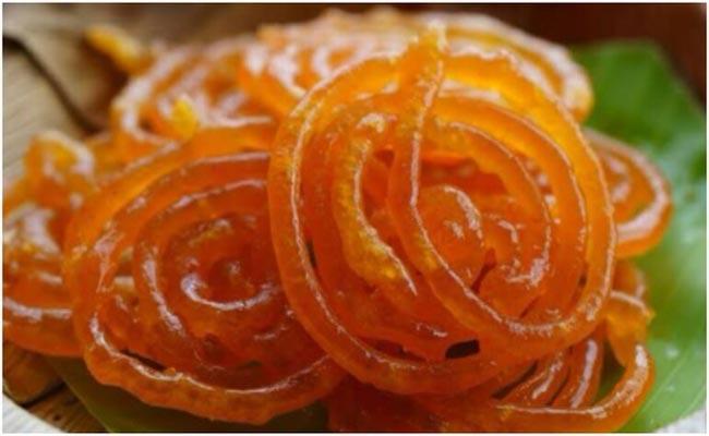 Epic Response From Wife IPS Officer Says Doesnt Let Him Eat Jalebis - Sakshi