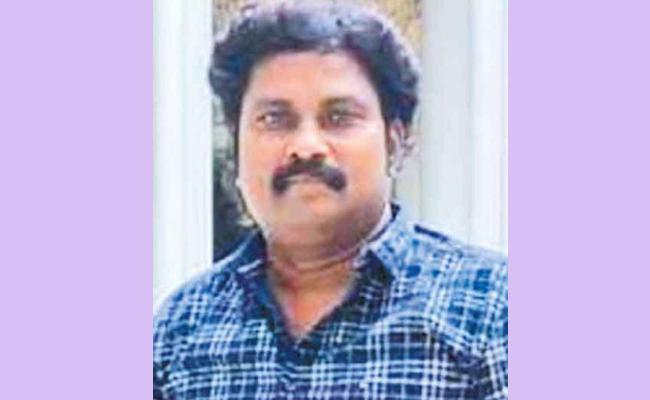 Lawyer Harassment On Woman In Tamilnadu Over Divorce - Sakshi