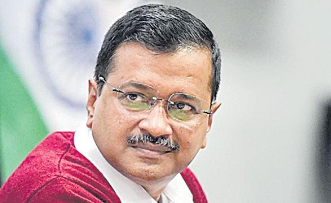 Arvind Kejriwal attacks Centre over I-T raids on Dainik Bhaskar - Sakshi