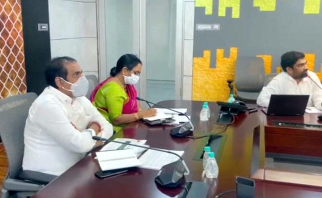 Minister Kurasala Kannababu Review On Seed Production - Sakshi