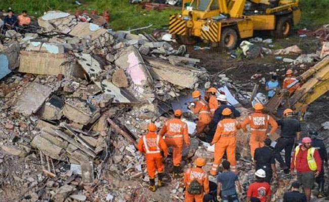 Several Dead In Building Collapses in Mumbai Govandi Area - Sakshi