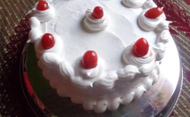 Person Lost Life Bringing Cake For Son Birthday In Penpahad Nalgonda - Sakshi
