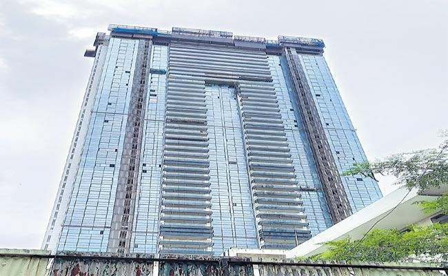 Mumbai: Expensive Real Estate Market The Cost Of The Flat Rs 111 Crore - Sakshi
