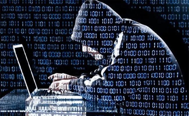 Beware Of Online Frauds In Srikakulam - Sakshi