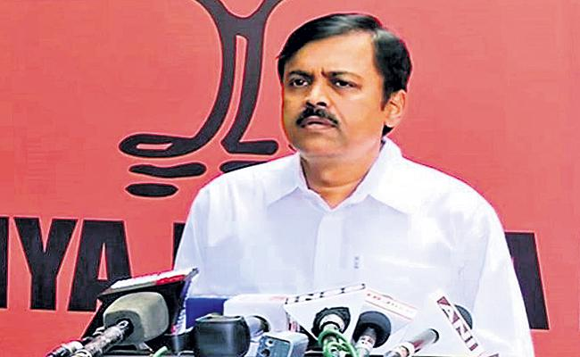 BJP Leader GVL Narasimha Rao Comments On AP Welfare Schemes - Sakshi