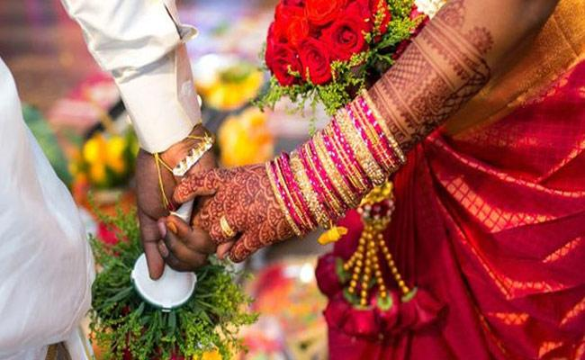 Viral: Woman Helps Stop Her Marriage 1 Hr Before Schedule In Chennai - Sakshi