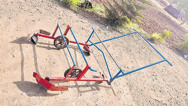 Farmer Builds Mulching Machine From Scrap That Saves Cost and Labour - Sakshi