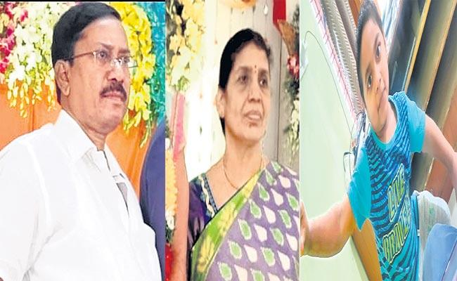 Two Vehicles Collided And Assassination Three Of A Family - Sakshi