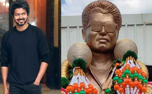 Vijay Thalapathy Fans Gifted Life Size Statue Erected At Panaiyur - Sakshi