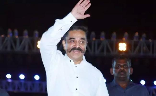 Kamal Haasan Went Delhi To Fight On Cinematography Act - Sakshi