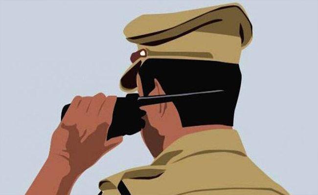 Aligations On Police Department In Nalgonda - Sakshi
