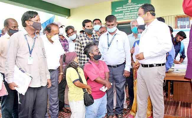 Kollywood Comedian Ilambharathi Seeking help From Collector - Sakshi