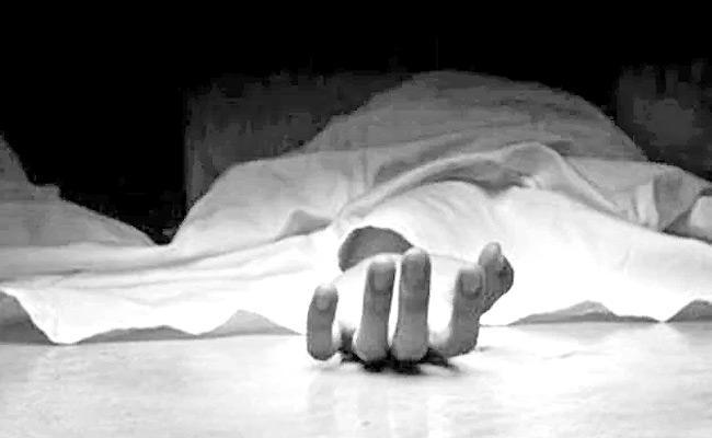 Husband Assassinate His Wife In Nalgonda - Sakshi